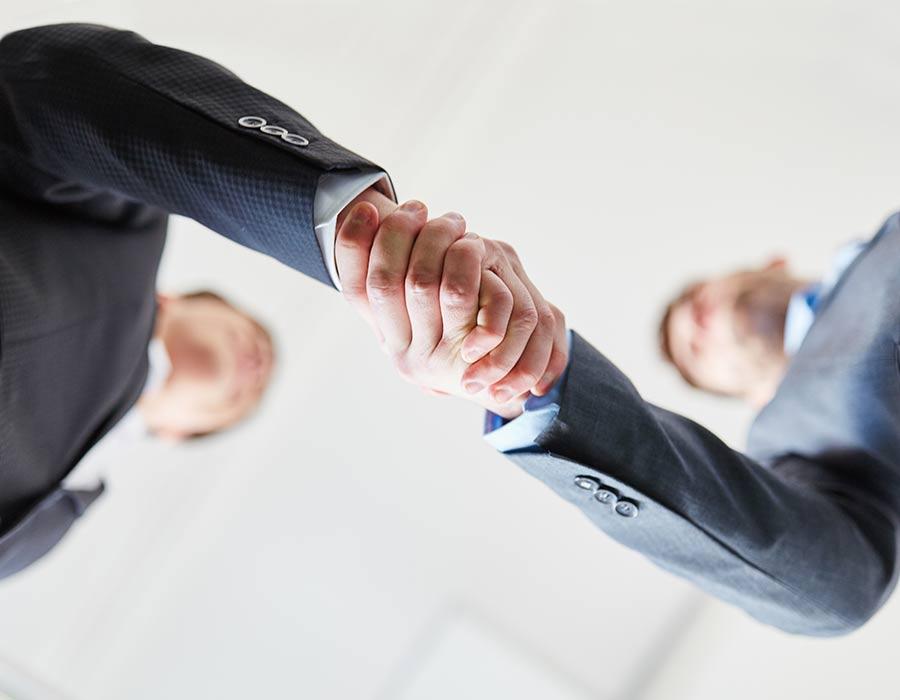 Men-Shaking-Hands